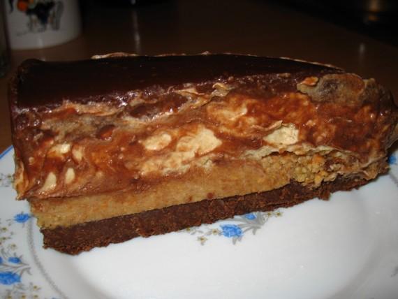 IMG 5678 570x428 Snickers torta – nepečena