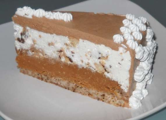 7 570x412 Housewife Cake