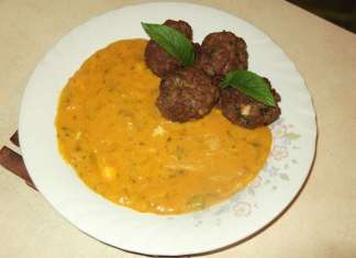 Ćufte od mlevenog mesa sa sosom od bundeve