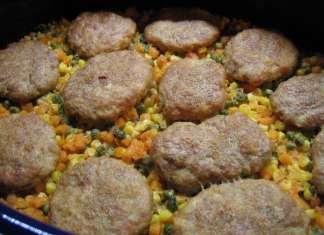 Jednostavan i brz ručak - fašir, tarana i povrće u pekaču