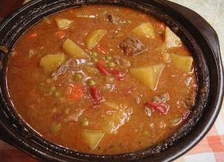Juneći gulaš sa povrćem iz rerne
