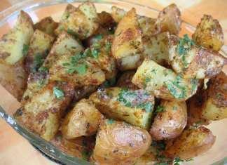 Hrskavi mladi krompir u parmezanu i aromatičnom bilju