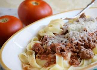 Jednostavan ragu od svežeg paradajza